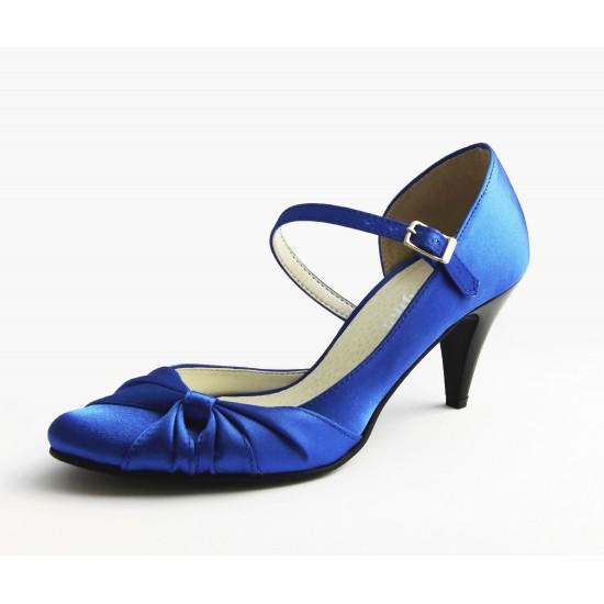 Sally menyecske cipő
