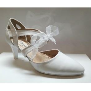 Ines menyasszonyi cipő